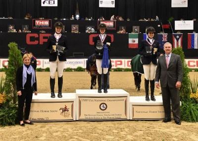champiion-ludy-deslauriers-podium